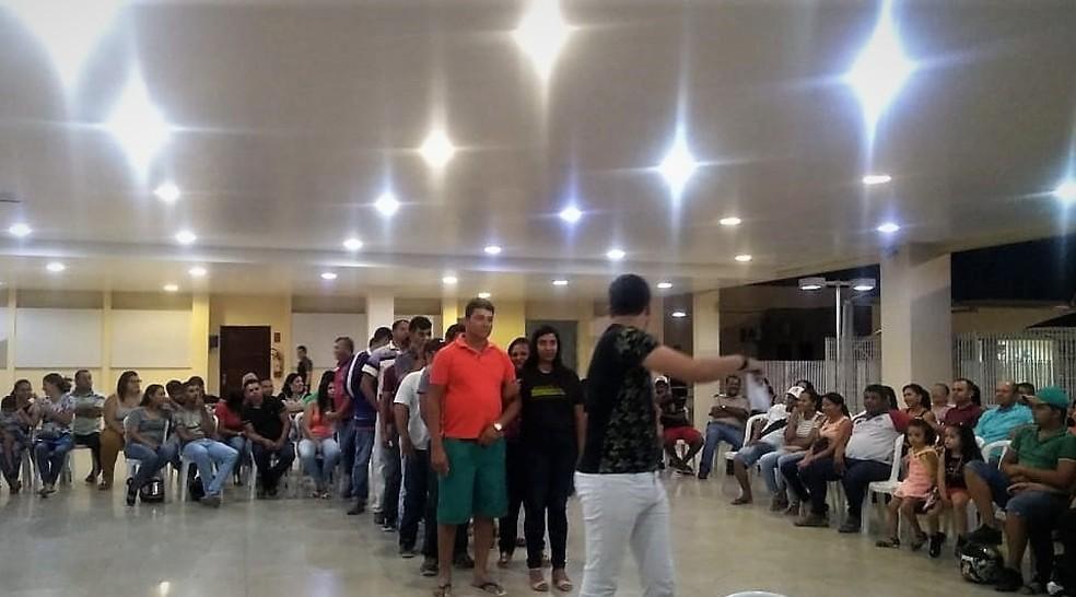 Ensaio de casamento comunitário em Arcoverde — Foto: Assessoria/Divulgação