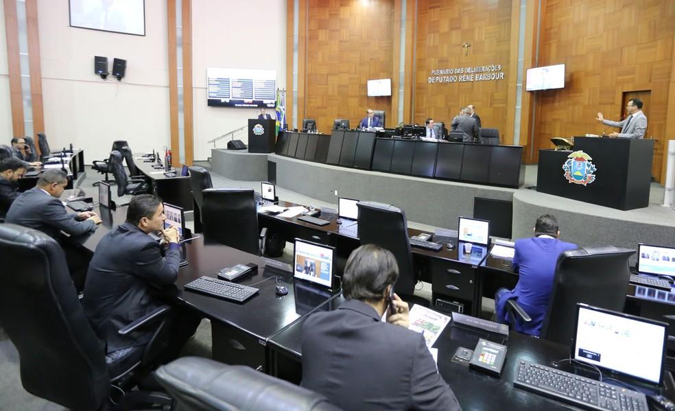 Contrato foi firmado em fevereiro — Foto: JL Siqueira/ ALMT