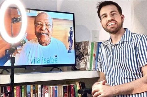O jornalista Leonardo Bruno entrevistou Martinho da Vila (Foto: Divulgação)