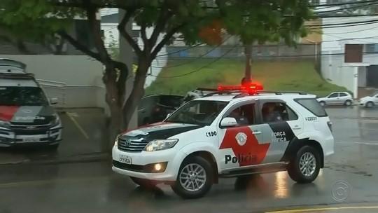 Suspeito de integrar quadrilha que ataca bancos no interior de SP morre em troca de tiros durante operação do Gaeco