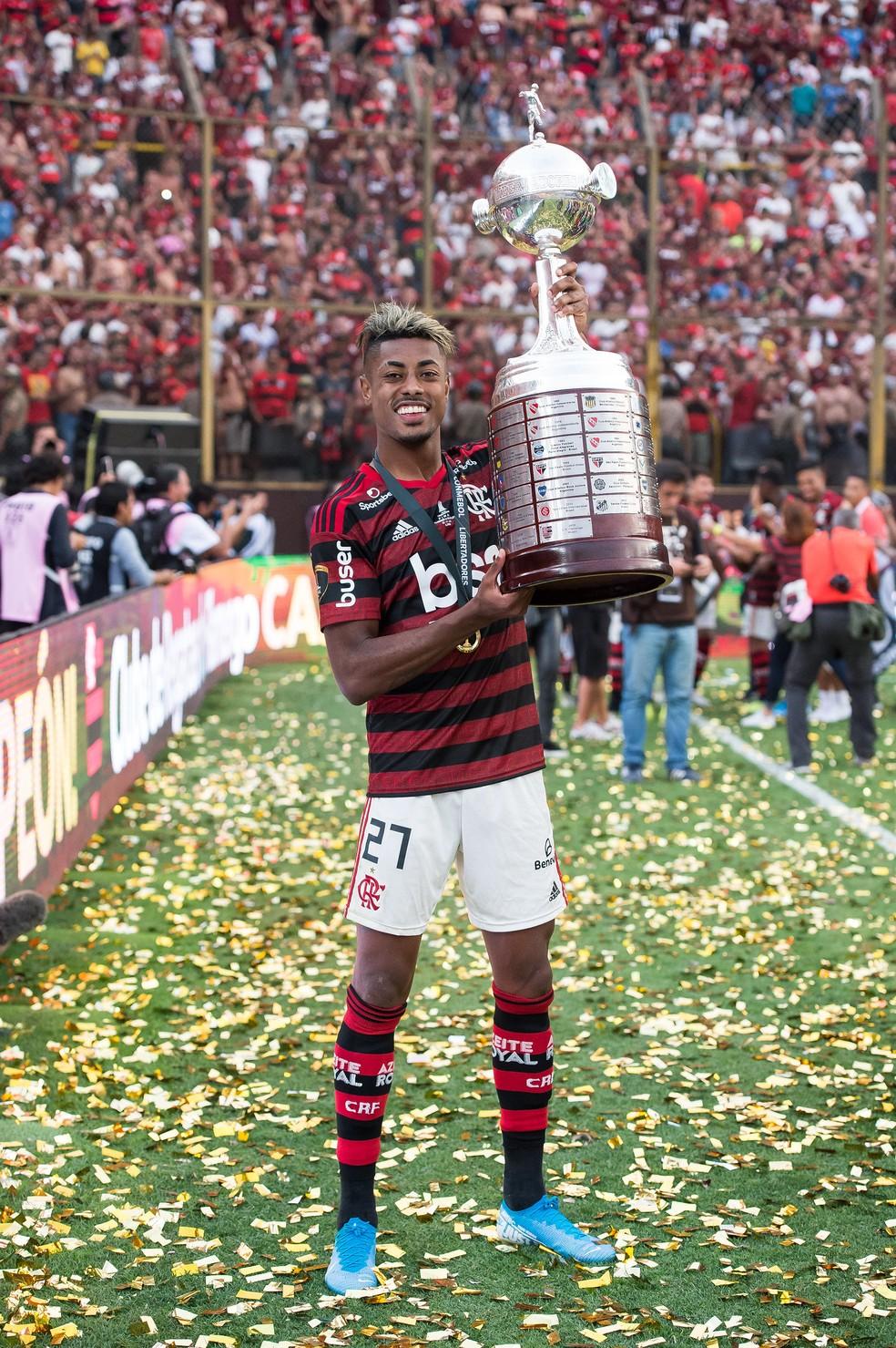 Bruno Henrique após a conquista da Libertadores contra o River Plate — Foto: Alexandre Vidal/Flamengo