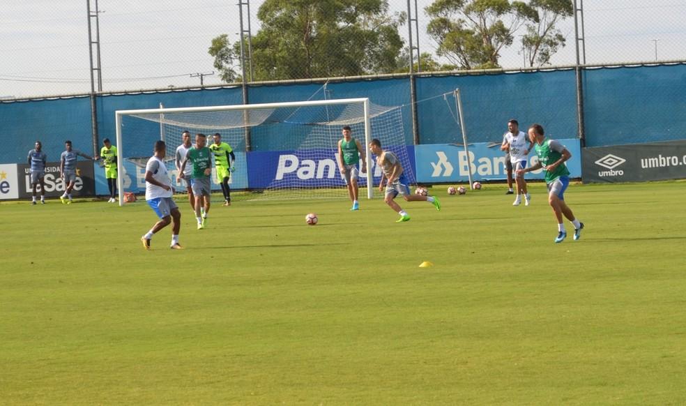 Grêmio treina antes da viagem para a disputa do Mundial (Foto: Tomás Hammes/GloboEsporte.com)