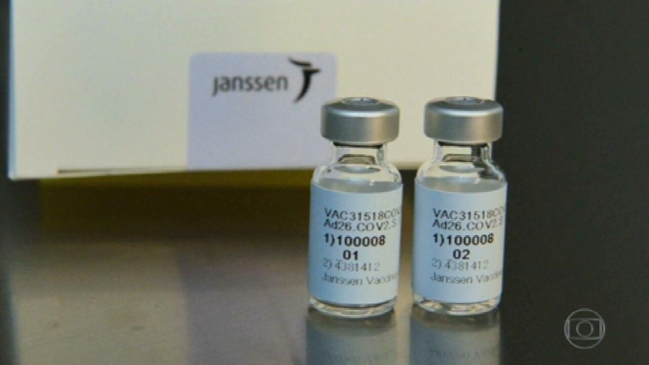 Governo decide comprar vacinas contra a Covid da Pfizer e da Johnson