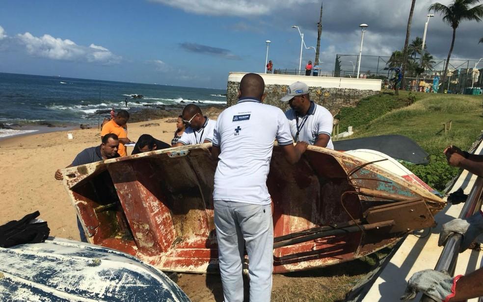 Barcos foram removidos do Rio Vermelho — Foto: Ascom/Semop