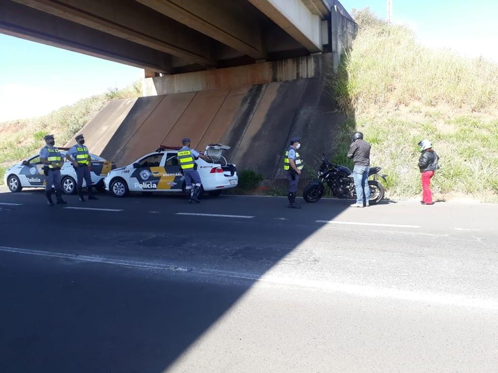 Polícia Rodoviária realizou uma fiscalização com foco nos motociclista durante a manhã em Bauru — Foto: Polícia Rodoviária /Divulgação