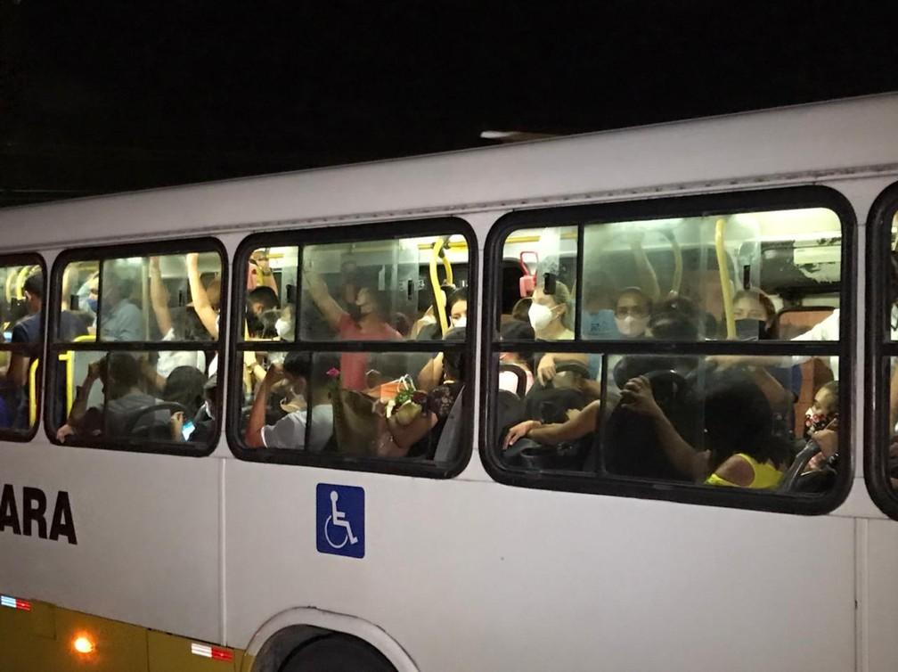 Ônibus lotados em Natal cheios, lotação RN RIo Grande do Norte — Foto: Geraldo Jerônimo/Inter TV Cabugi