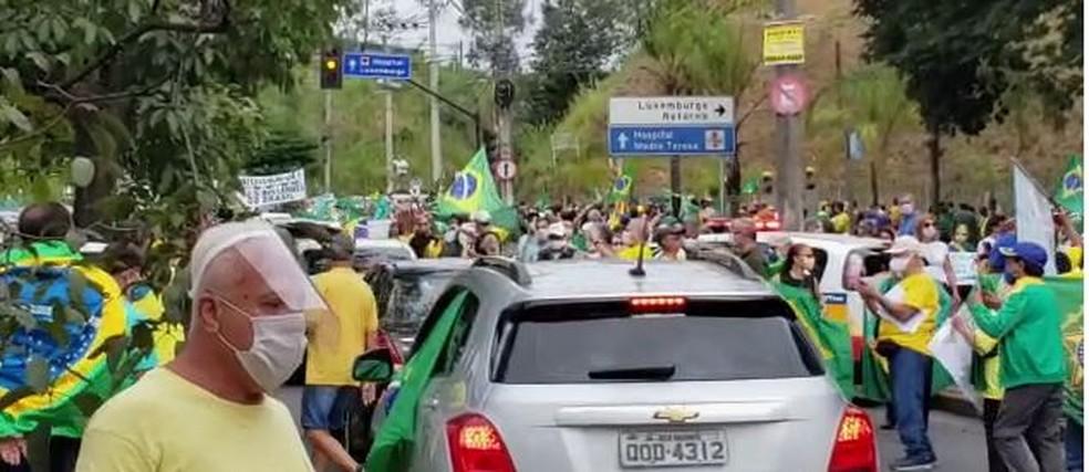 Protesto em Belo Horizonte contra isolamento social  — Foto:  G1