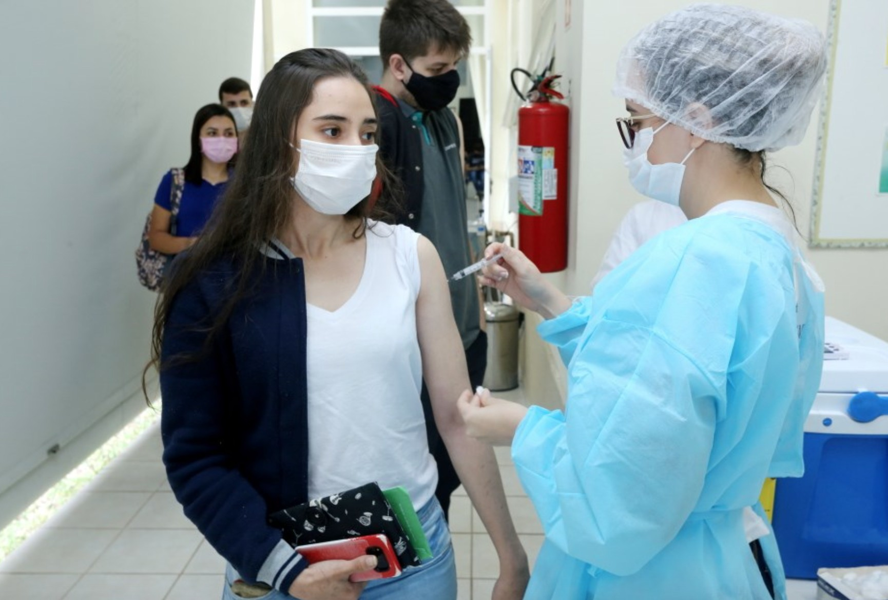 Alagoas segue recomendação do Ministério da Saúde e suspende vacinação de adolescentes sem comorbidades