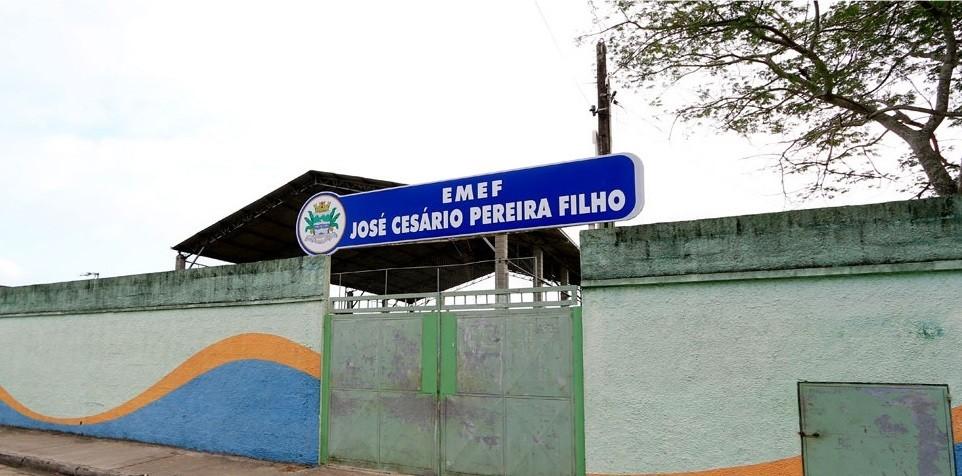 Escola é invadida e 16 computadores são furtados em Mongaguá, SP - Notícias - Plantão Diário