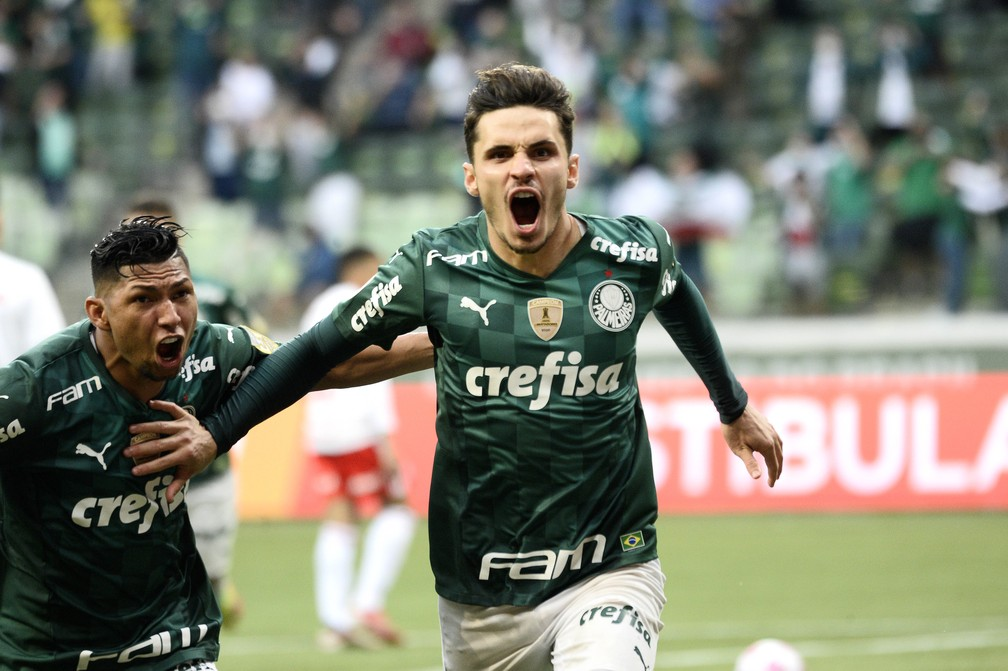 De pênalti, Veiga marca e garante vitória ao Verdão para encerrar jejum de sete jogos sem vencer - Palmeiras