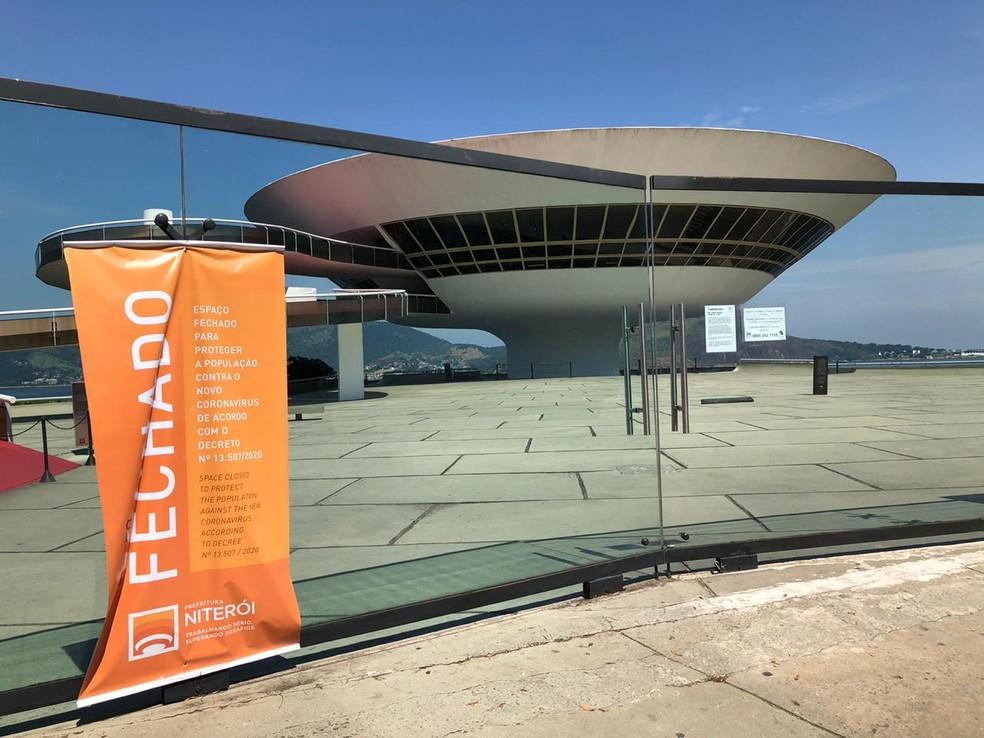 Museus, como o MAC, permenecerão com atividades suspensas na próxima semana. — Foto: Carlos Brito/G1