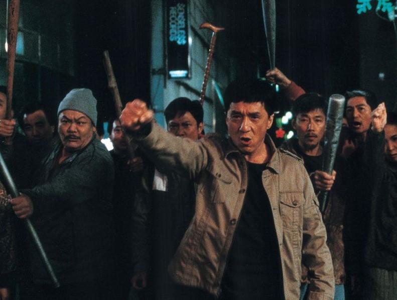 O ator Jackie Chan no filme Massacre no Bairro Chinês (2009) (Foto: Reprodução)