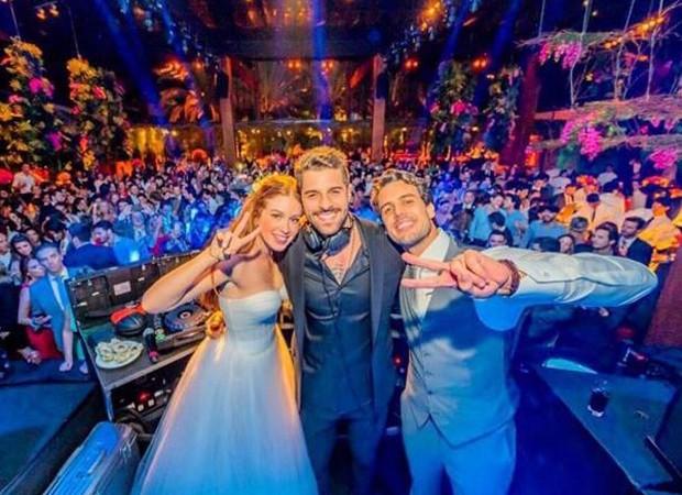 Marina com Xande e Alok em seu casamento (Foto: Reprodução/Instagram)