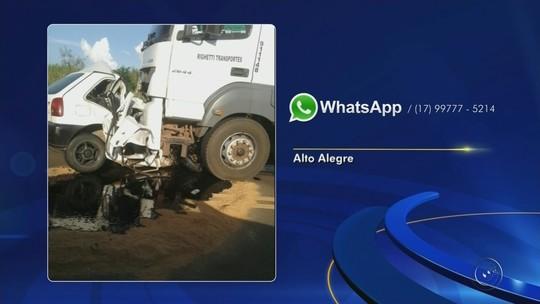 Motorista morre após colisão frontal entre carro e caminhão em rodovia