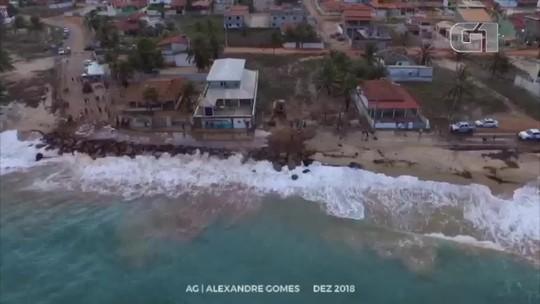 Mar avança sobre rodovia no RN e prefeitura decreta emergência; vídeo mostra força da maré