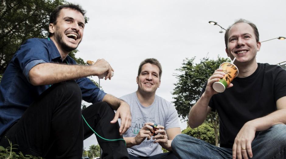 Em seis meses, Pedro Teixeira, Ricardo Clemente e Hubert Fonseca criaram uma solução disruptiva de  big data. Dez  anos depois, venderam a empresa  para a americana RigNet (Foto: Daryan Dornelles)