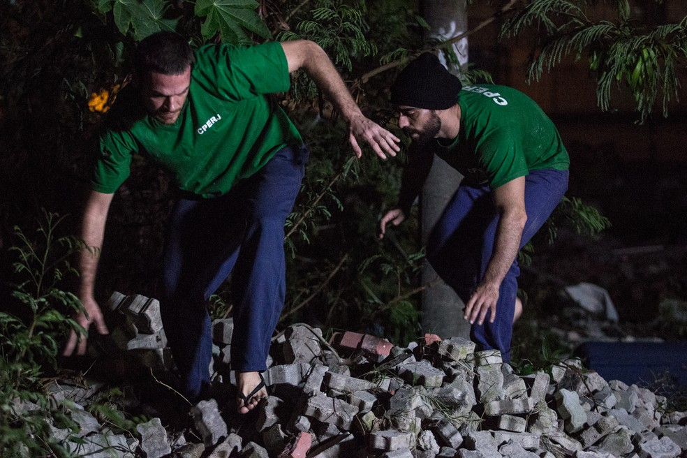 Rubinho e outro preso escapam da prisão (Foto: Fábio Rocha/Gshow)