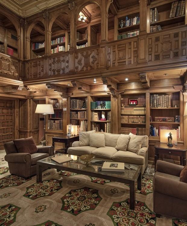 A biblioteca faz com que as pessoas se sintam, realmente, em uma file hollywoodiano (Foto: Jim Bartsch/ Reprodução)