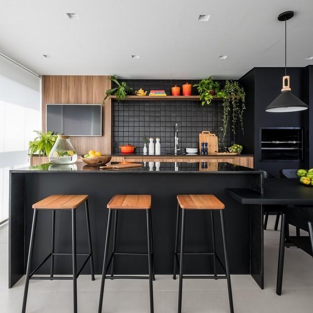 Toque verde: 5 passos para instalar prateleiras com plantas e 10 projetos para se inspirar (Foto:  )