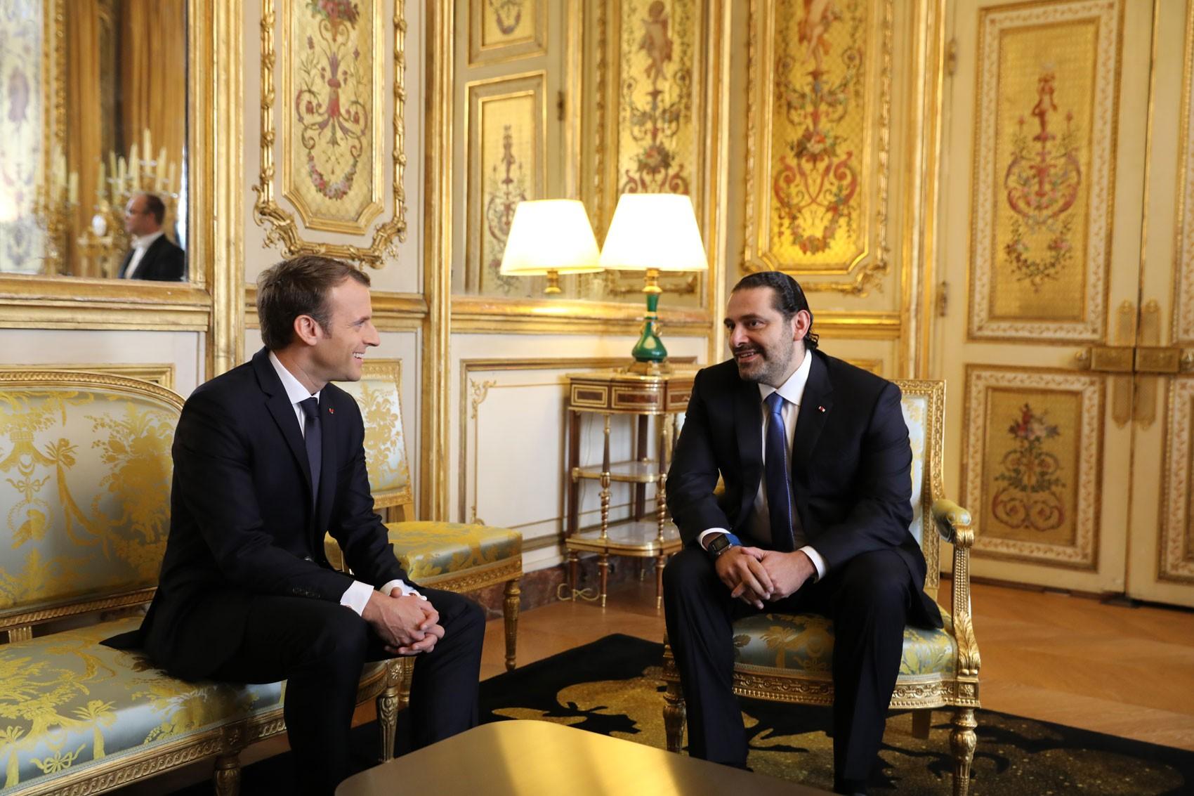 Em Paris, Hariri se reúne com Macron e confirma retorno ao Líbano