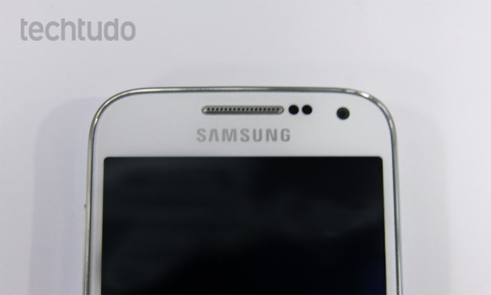 Galaxy S4 mini tem câmera frontal de 1,9 megapixels e preço similar ao Moto G (Foto: Divulgação/Samsung)