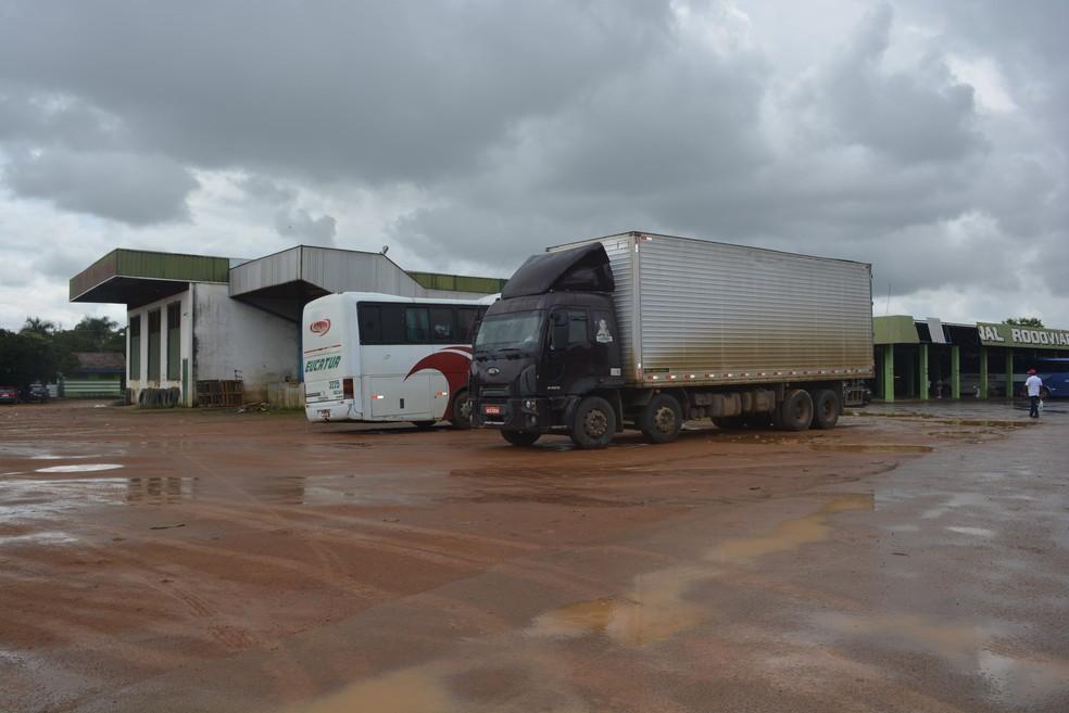 Nova rodoviária será construída ao lada da existente (Foto: Jeferson Carlos/G1)