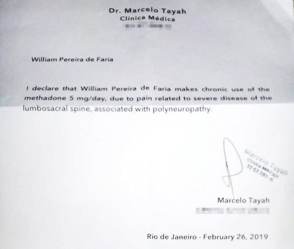 Documento em inglês assinado pelo médico Marcelo Tayah atesta que sogro de Fernando faz uso de metadona — Foto: Reprodução