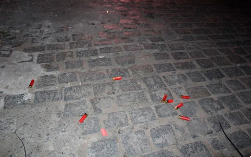 Antes de fuga, suspeitos trocaram tiros com policiais em Monte Santo, na Bahia (Foto: MonteSanto.net)