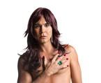 André Gonçalves será uma mulher na peça 'Amigas pero no mucho' | Divulgação