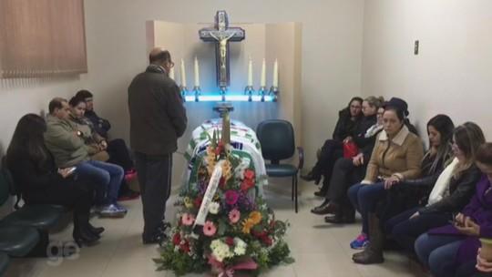 Corpo do técnico Beto Campos é sepultado em sua cidade natal São Borja