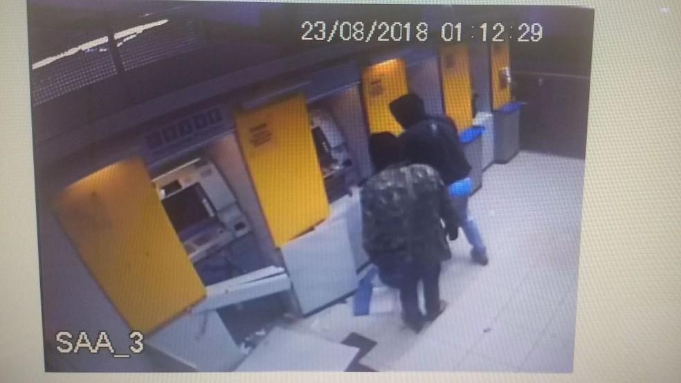 Quadrilha invadiu dois bancos em Denise (Foto: Polícia Militar de MT/Divulgação)