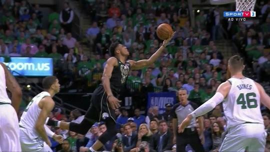 Celtics dão nó em Antetokounmpo e abrem 3 a 2 na série contra os Bucks
