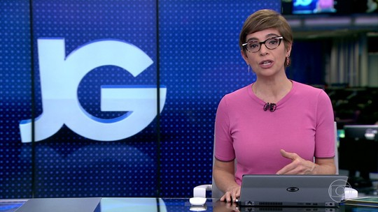 Juíza proíbe Gleisi Hoffmann de atuar como advogada de Lula