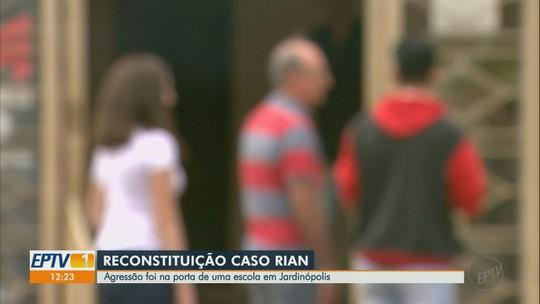 Contradição marca reconstituição de espancamento de jovem em frente a escola em Jardinópolis, SP
