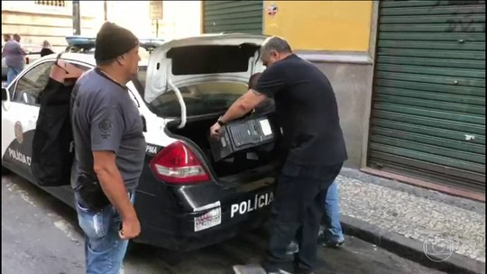Polícia do Rio faz apreensões em endereços ligados ao vereador Marcelo Siciliano, do PHS
