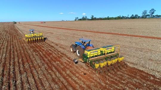 Produtores aceleram plantio de soja na região de Itapetininga