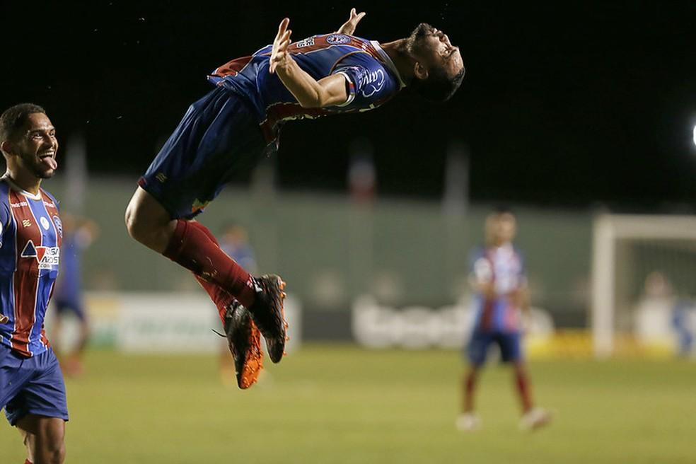 Gilberto fez dois gols na vitória por 3 a 1 sobre o Atlético-MG no primeiro turno — Foto: Felipe Oliveira / EC Bahia / Divulgação