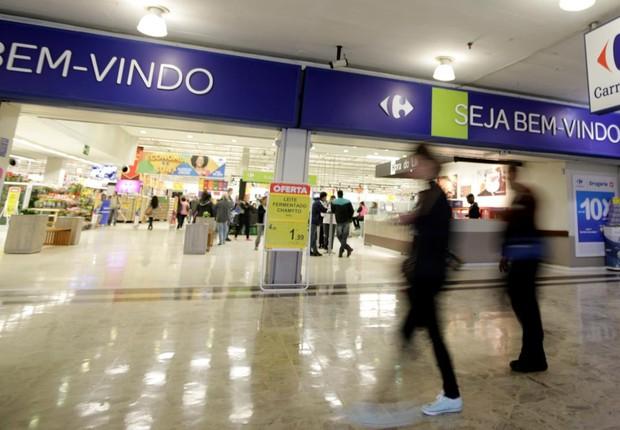 Supermercado da rede Carrefour em São Paulo (Foto: Paulo Whitaker/Reuters)