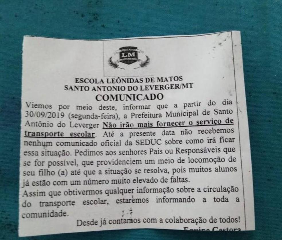Bilhete informando suspensão do transporte foi enviado aos pais — Foto: Arquivo pessoal