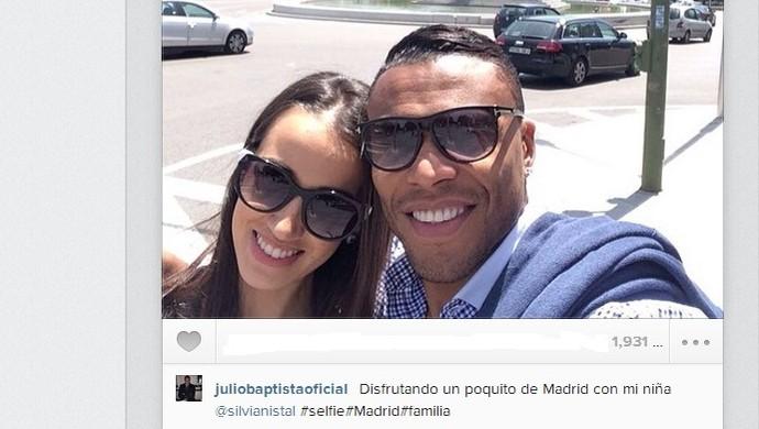 Júlio Baptista posta foto em Madri com a esposa durante mini-férias