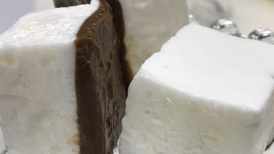 Gelado de Coco e Chocolate
