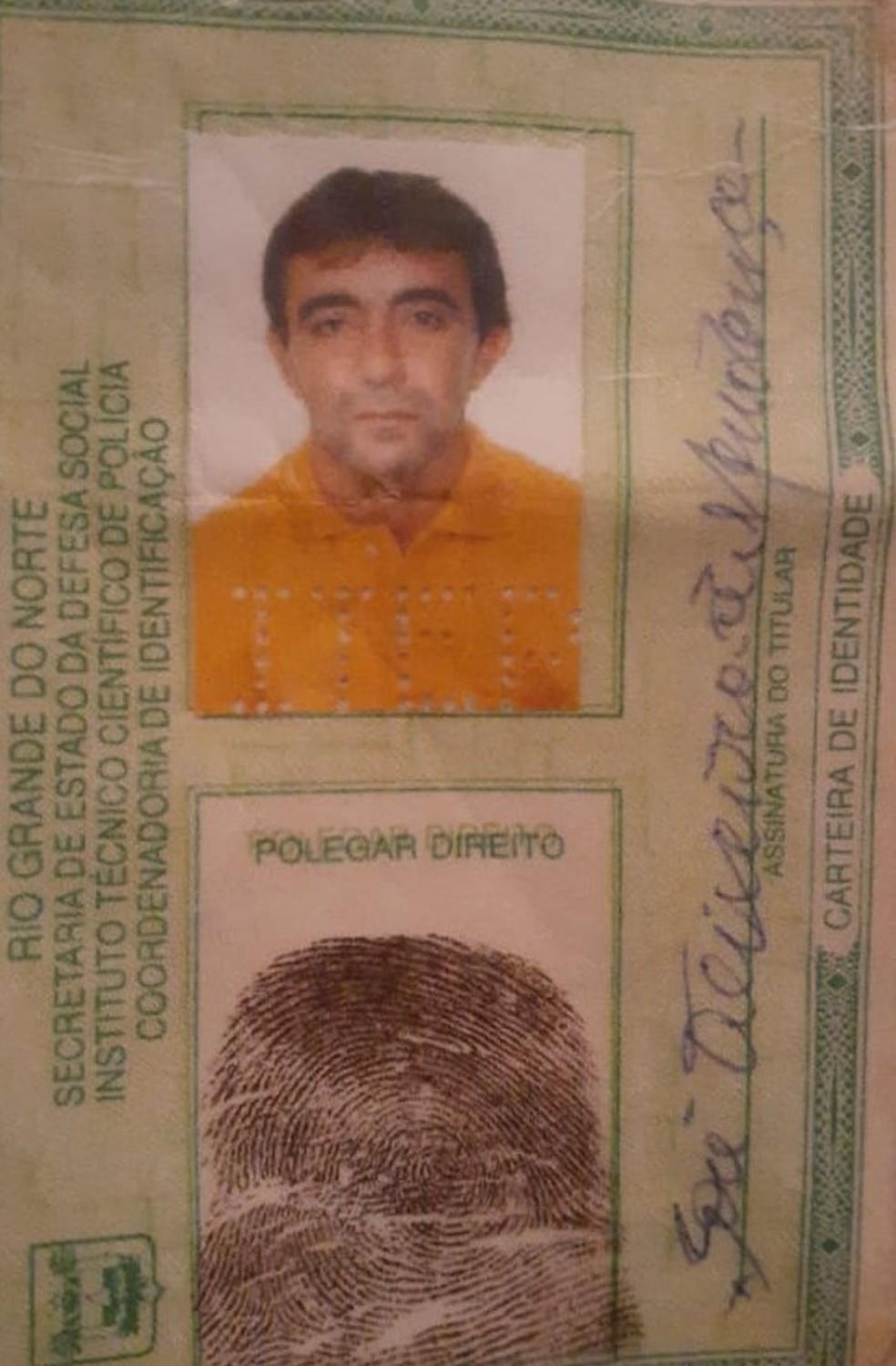 A vítima foi identificada como José Teixeira de Mendonça, de 57 anos. — Foto: Divulgação/PM
