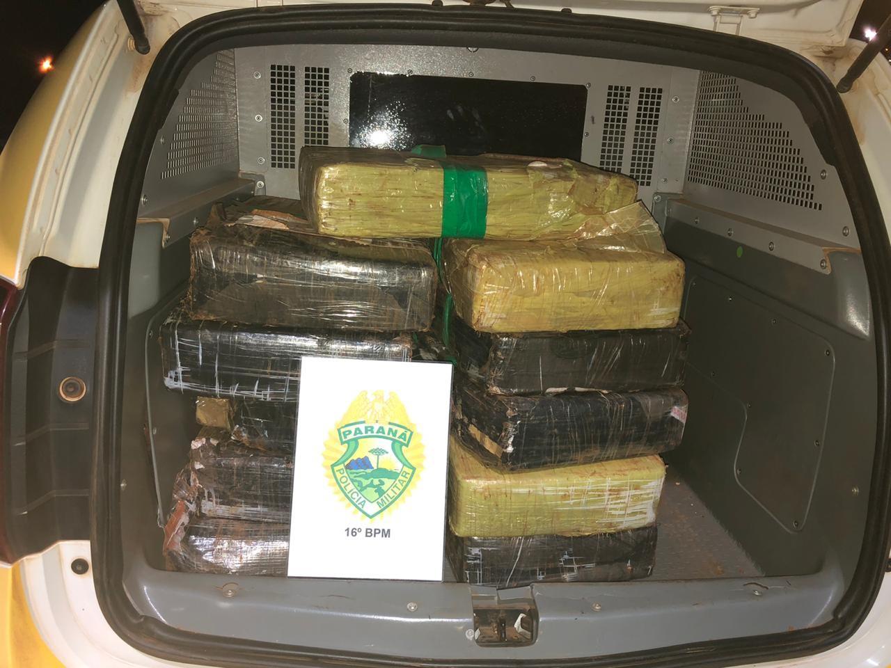 PM apreende 197 kg de maconha em carro após perseguição, em Laranjeiras do Sul