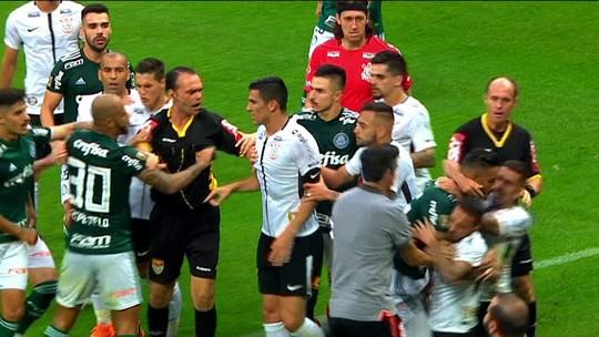 Felipe Melo e Clayson pegam cinco e quatro partidas de suspensão por confusão na primeira final do Paulistão
