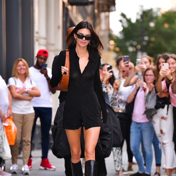 NEW YORK, NY - SEPTEMBER 10:  Kendall Jenner leaves Balenciaga store in Soho on September 10, 2019 in New York City.  (Photo by James Devaney/GC Images) (Foto: GC Images)