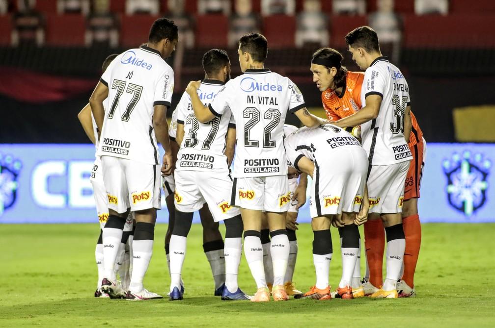 Atuacoes Do Corinthians Coletivo Vai Mal Em Derrota Cassio Se Salva Com Boas Defesas Corinthians Ge
