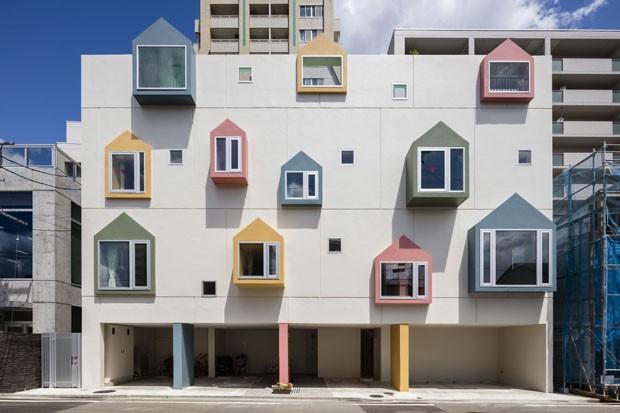 Escola Japonesa Tem Fachada Com Desenhos De Casas Feitos Por