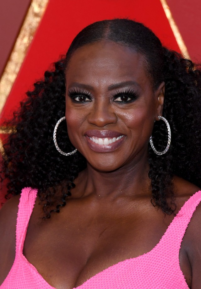 Viola Davis usa argolas Norman Silverman (Foto: Getty Images)