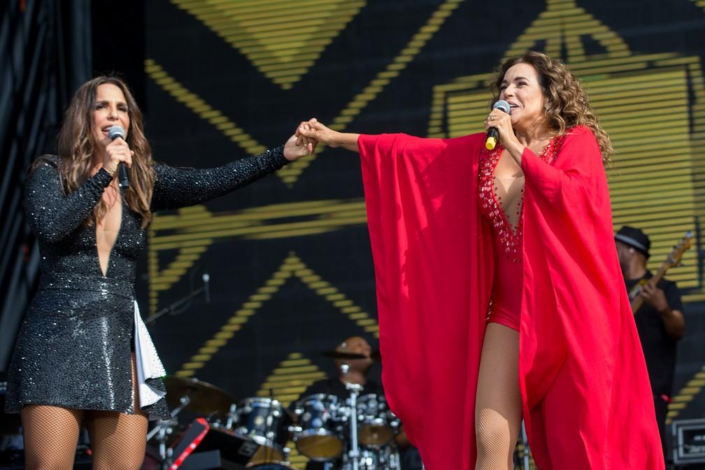 """Ivete Sangalo recebe Daniela Mercury em show no Rock in Rio Lisboa. """"O canto da Cidade"""" foi uma das músicas interpretadas pelas cantoras no festival (Foto: Divulgação )"""