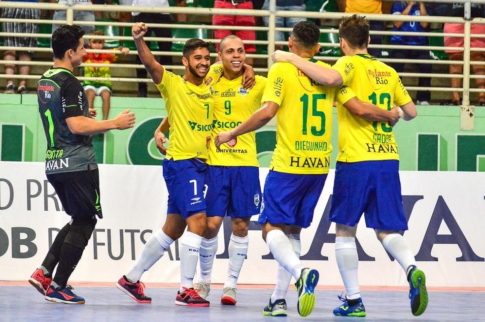 Seleção brasileira de futsal — Foto: Ricardo Artifon/CBFS